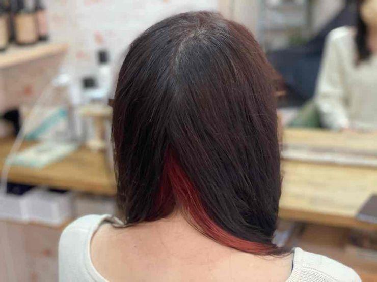 山口市  縮毛矯正 酸性 インナーカラー 白髪染め 傷み 酸熱トリートメント 鬼滅 呪術 ストカール ピンク