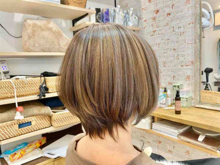 山口市 美容室 美容院 シューケット若白髪×スリーディー(3D)カラー グレイヘア/白髪染め/やめたい/荒れない/ブリーチ おしゃれ